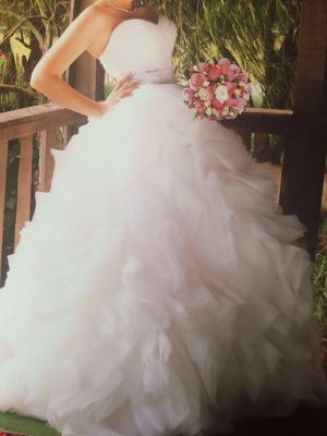 Wedding Dress For Sale In Tucson AZ