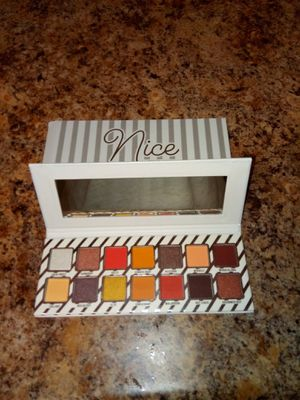 Kylie nice pallette for Sale in MONTGOMRY VLG, MD