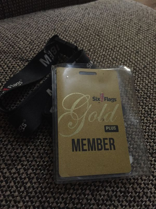 2 Six Flags Gold MemberShip Passes for Sale in Berkeley, MO - OfferUp