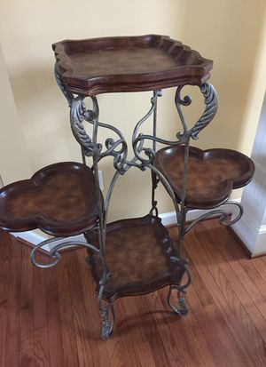 Plant stand for Sale in Boonsboro, MD