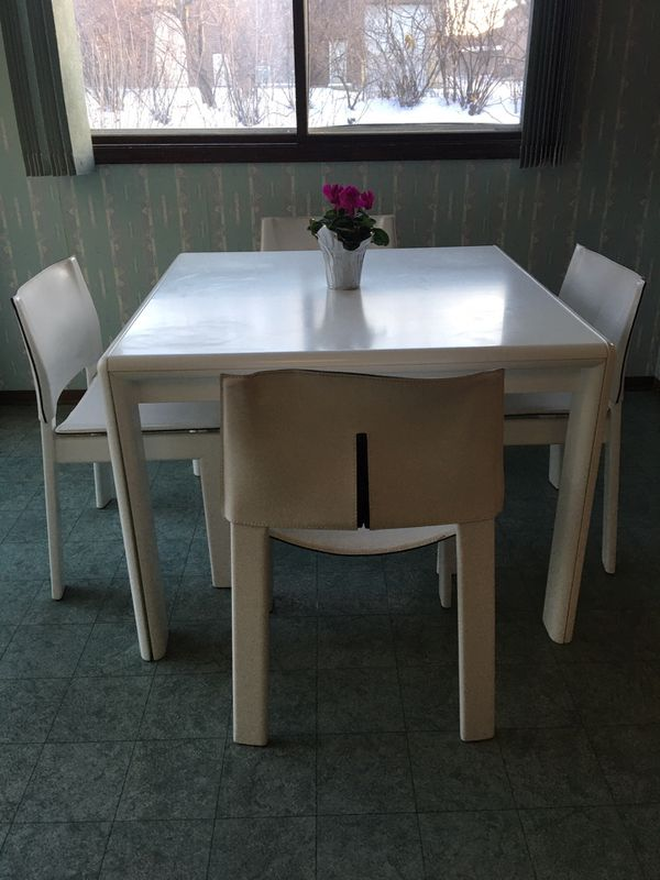 White Table Extendable With 4 Chairs Only For Sale In