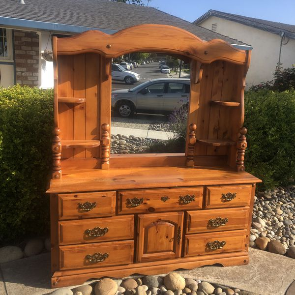 Knotty Pine Dresser for Sale in San Jose, CA - OfferUp