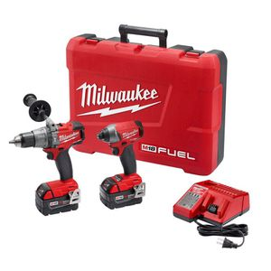 Milwaukee M18 FUEL 18-Volt Lithium-Ion Brushless Cordless Hammer Drill/Impact Driver Combo Kit (2-Tool) w/(2) 5Ah Batteries, Case for Sale in Orlando, FL