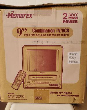 Photo Memorex MVT2090 (9-Inch) TV/VCR Combo