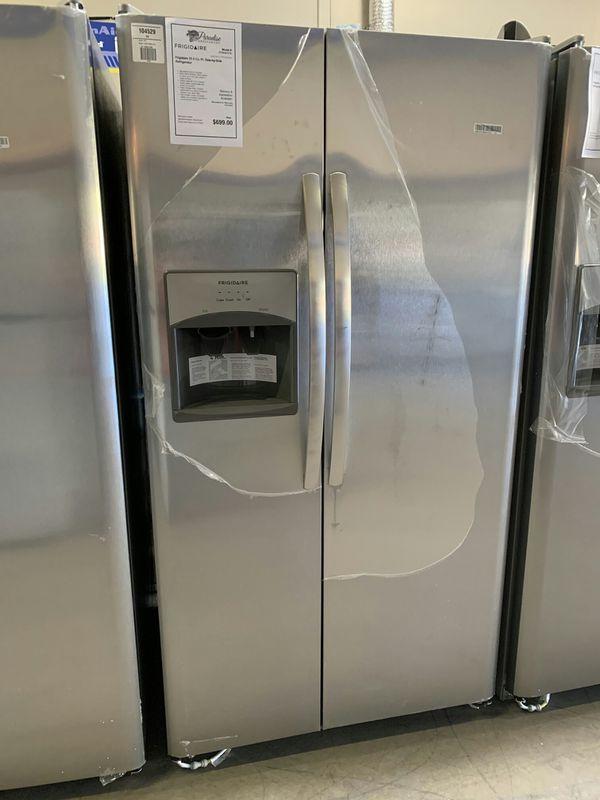 New Stainless Frigidaire Refrigerator 1yr Manufacturers
