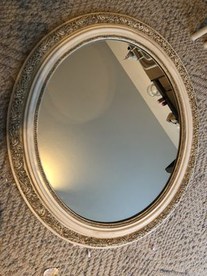 Beautiful hanging mirror for Sale in Lakewood, WA