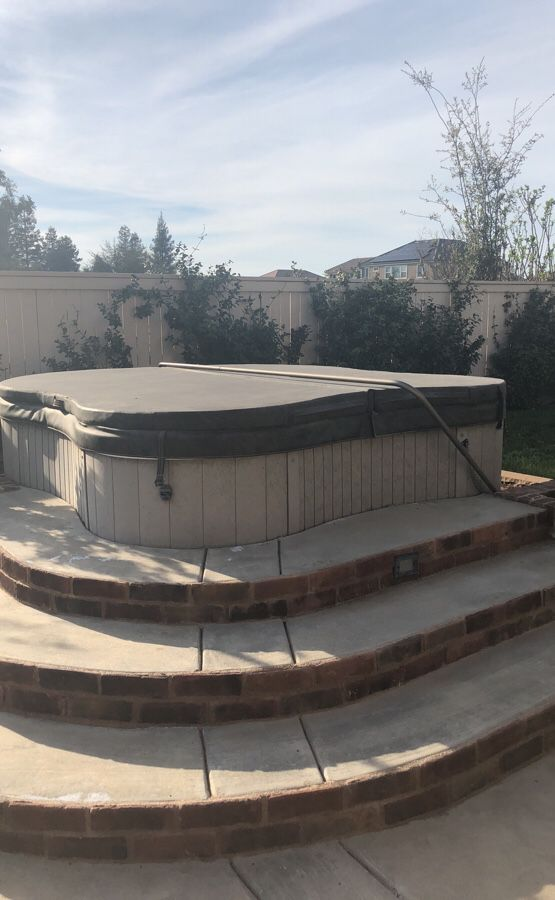 Jacuzzi Blem Spa For Sale In Clovis Ca Offerup