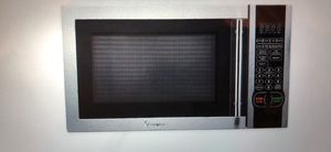 Magic Chef Stainless Steel Microwave Oven 1.1 cu ft for Sale in Chicago, IL