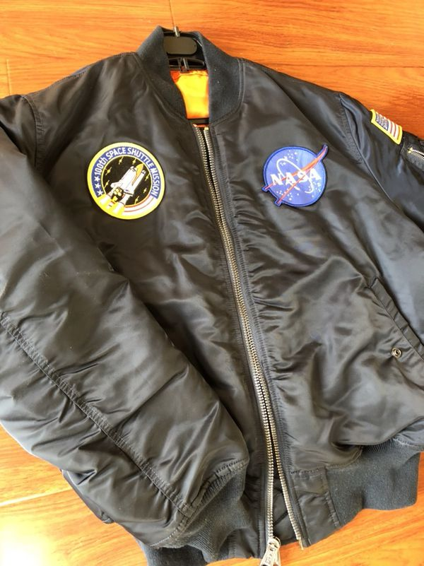 9444d673d PADS RARE NASA EDITION ALPHA INDUSTRIES NAVY BOMBER JACKET SIZE MEDIUM  CHEAP for Sale in Newark, CA - OfferUp