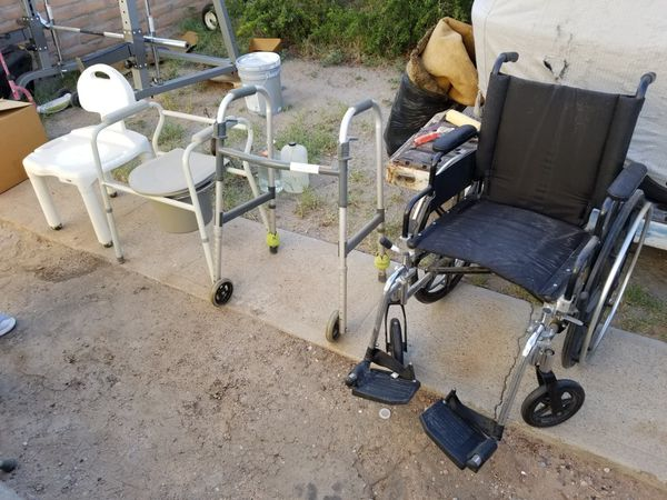 Medical chairs and wheelchair for Sale in El Paso, TX - OfferUp