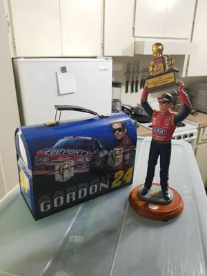 Jeff Gordon Collectables Lunch box, and championship statue for Sale in Scottsdale, AZ