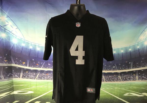 huge discount 565f2 ceb80 Oakland Raiders #4 Derek Carr Nike Black Vapor Untouchable Limited Player  Jersey for Sale in Elk Grove, CA - OfferUp