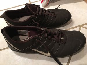 f69e0c616f7b Women s Nike Tennis Shoes size 9 for Sale in Downey