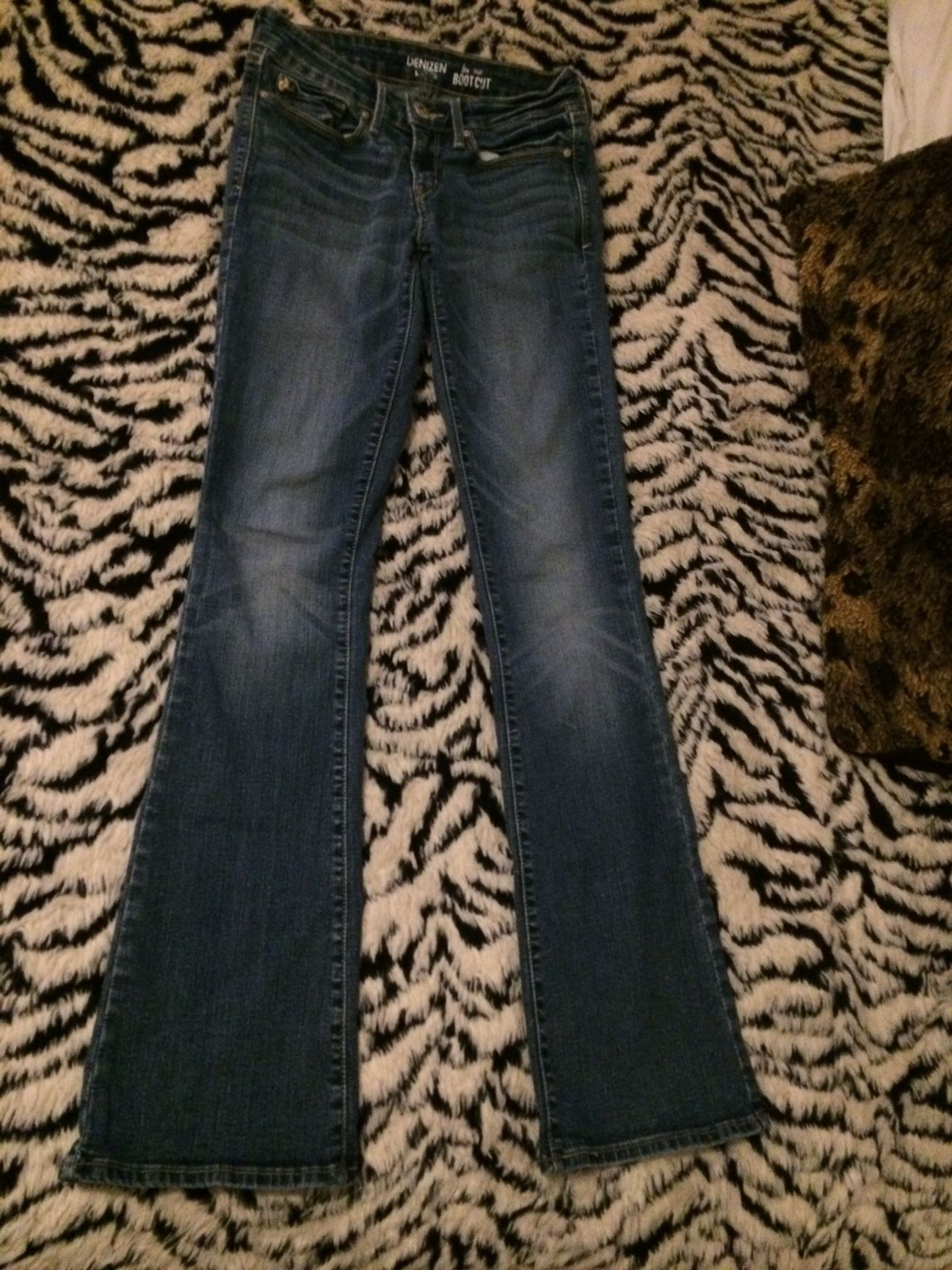 Denzen Levi Low Rise Bootcut Jeans