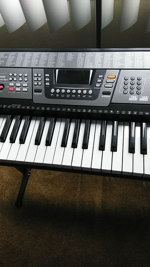 Udisk music keyboard for Sale in Wickliffe, OH