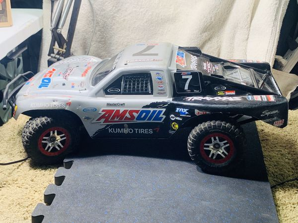 Slash 4x4 XL3S Velineon Motor, RTR Brushless for Sale in Canby, OR - OfferUp