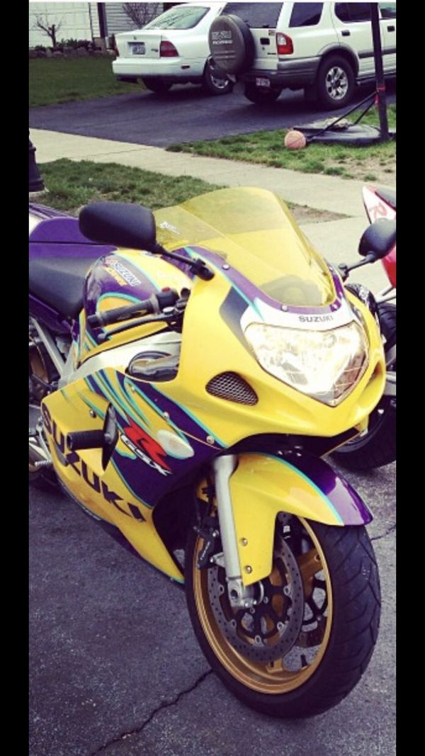 2003 GSX R 600 ALSTARE Edition Low Mileage 6800 Only 3500