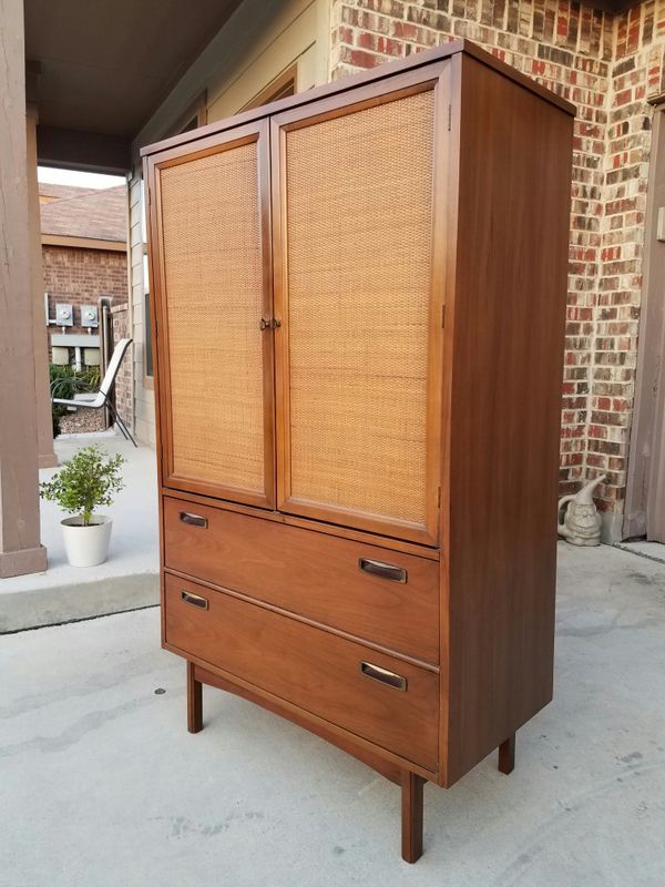 Vintage Mid Century Modern Tall Dresser Chest For Sale In New
