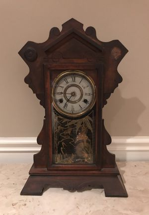 Pendulum Clock Old Mantelpiece for Sale in WA, US