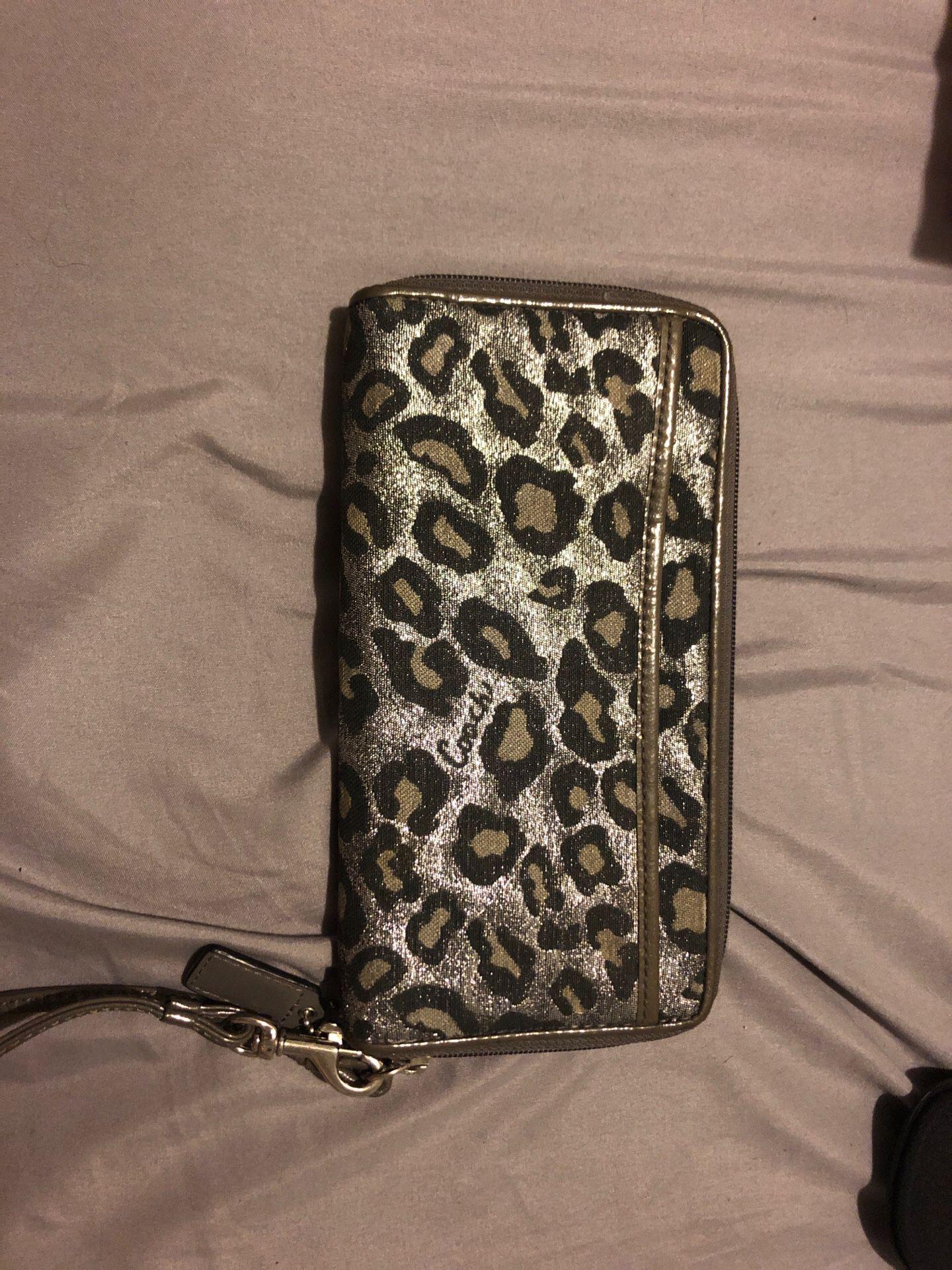 Coach pocket book purse