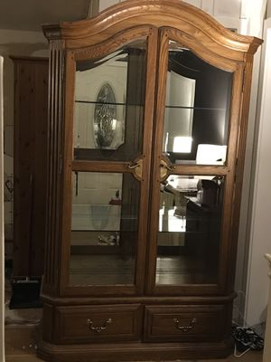Curio Cabinet for Sale in Frederick, MD