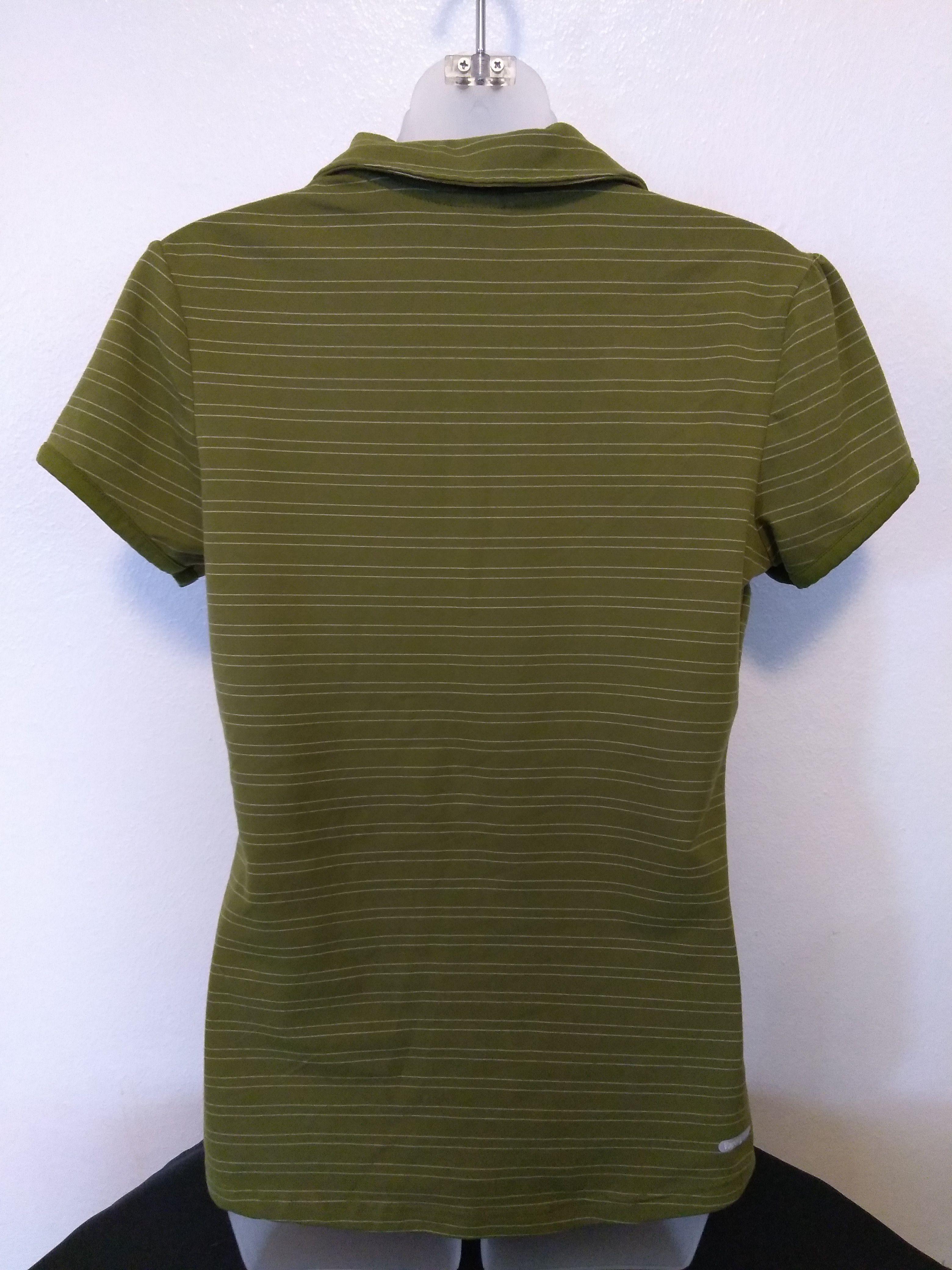 Medium The North Face Olive collar short sleeve shirt