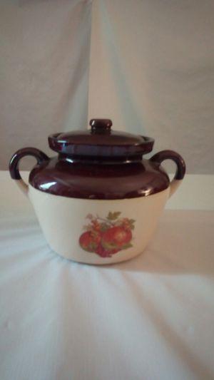 Vintage Stoneware Pottery Bean Casserole Pot for Sale in Farmville, VA