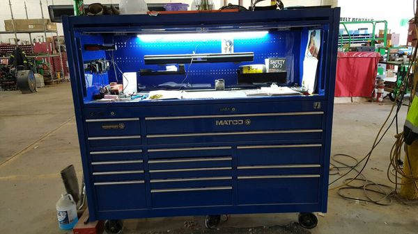 Matco 4s tool box with hutch ,led light sound bar for Sale in Clayton, NC -  OfferUp