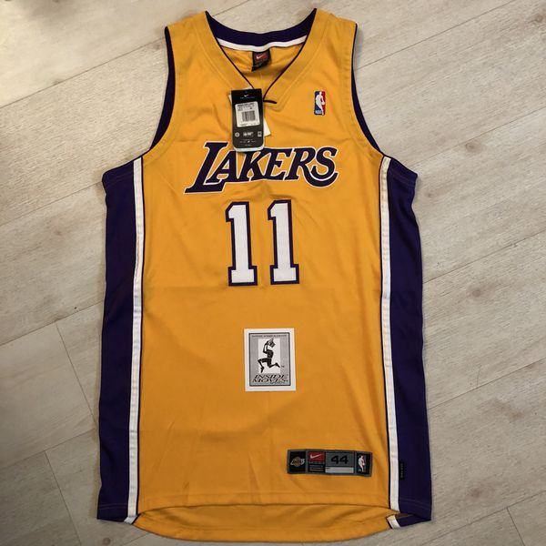 outlet store a39f2 1ad1f Karl Malone 2004 Lakers Authentic Jersey for Sale in Covina, CA - OfferUp