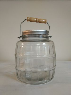 Vintage 1 gallon storage/cookie jar for Sale in Fairfax, VA