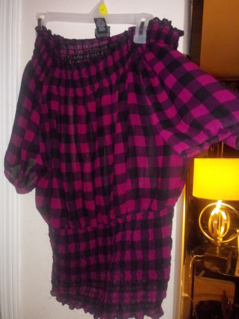 Blouses size xl to 1x $3 each