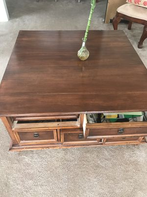 Heavy wooden coffee table with 5 drawers for Sale in Silver Spring, MD