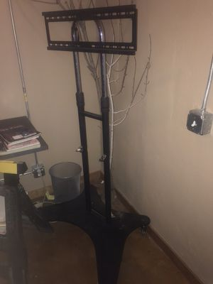 Rolling cart for tv's, screen, monitor. for Sale in Denver, CO