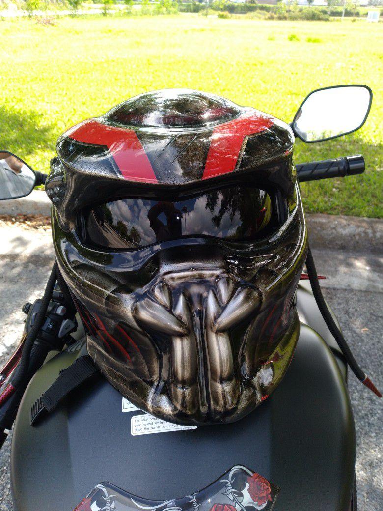 Photo 2016 Honda Cbr 650f Znd Predator Helmet