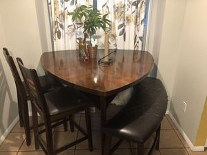 Kitchen table for Sale in Darnestown, MD