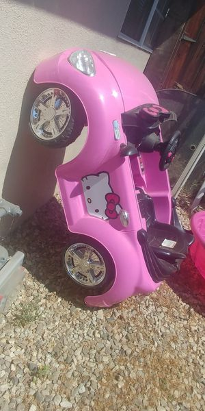 Pink & Black Electrical Kids Car for Sale in Camarillo, CA