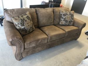 Couch for Sale in Houston, TX