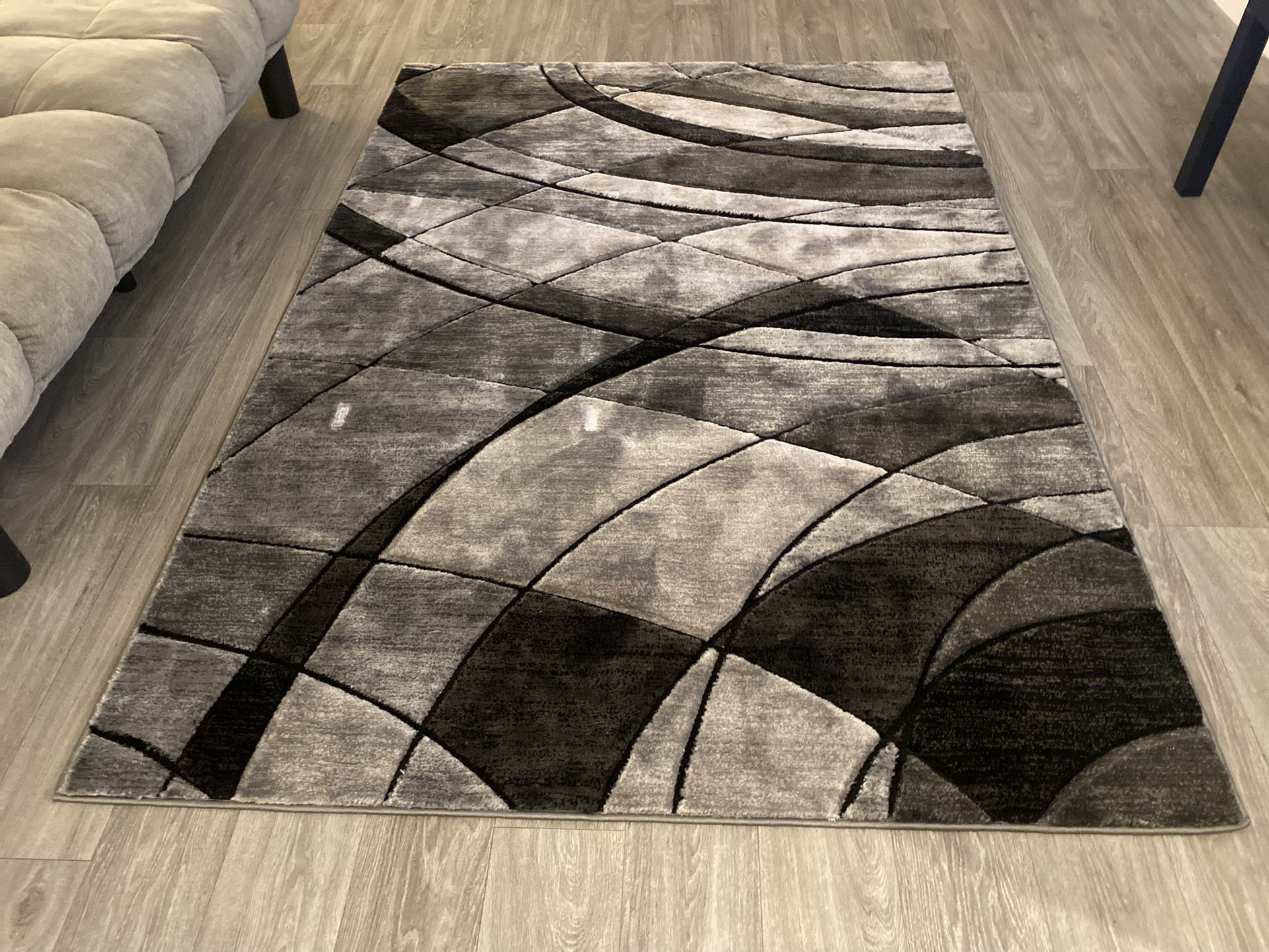 Simple Living Room Set $350