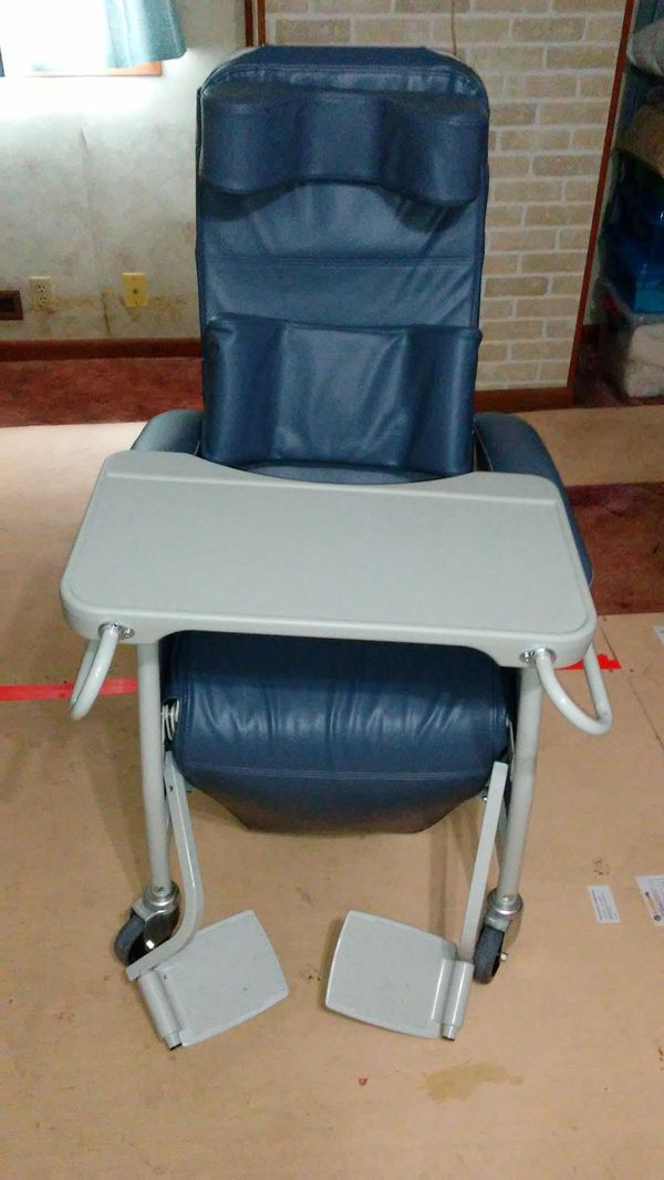 Awesome Geri Chair Like New For Sale In East Millsboro Pa Offerup Download Free Architecture Designs Scobabritishbridgeorg
