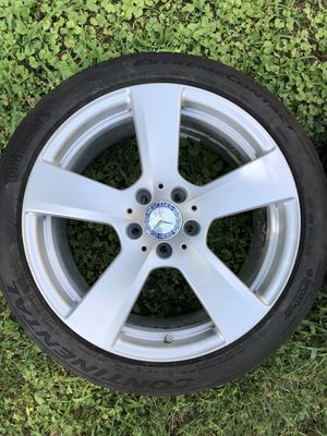 "Mercedes wheels E350 E class 18"" w212 for Sale in Laurel, MD"