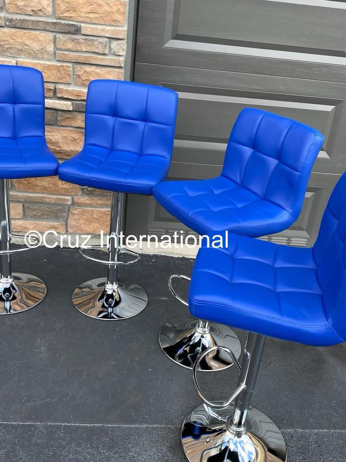 New 4 Blue Bar Stools