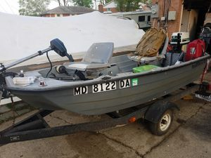 Bass boat with trailer for Sale in Temple Hills, MD
