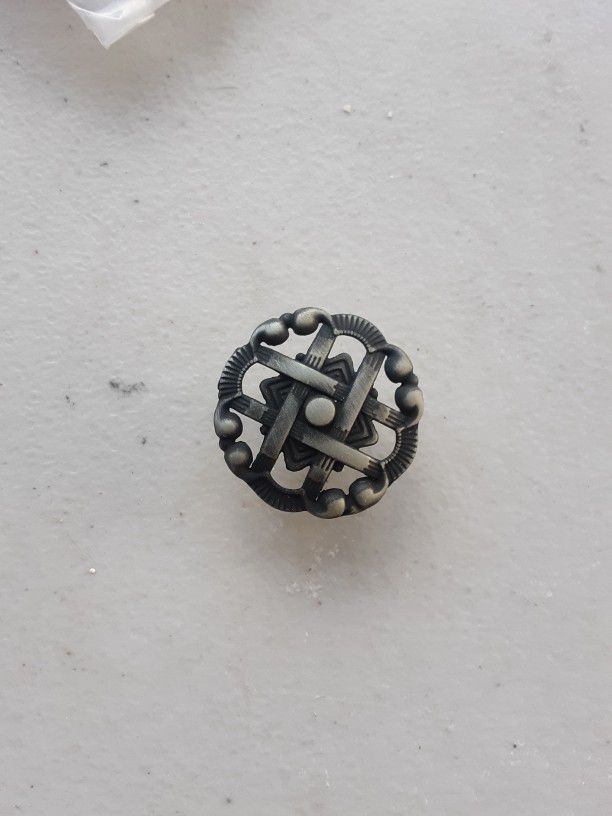 Numerous Miscellaneous Brand New Kitchen Cabinet Pull Out Knobs And Handles
