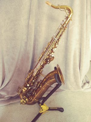 Tophat & Cane tenor saxophone! for Sale in Orlando, FL