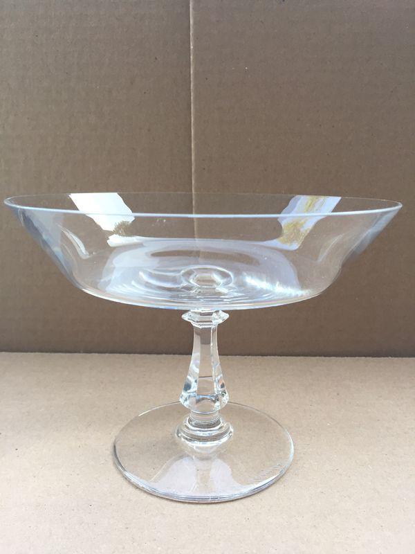 Beautiful Set Of 2 Elegant Raised Desert Glasses For Sale