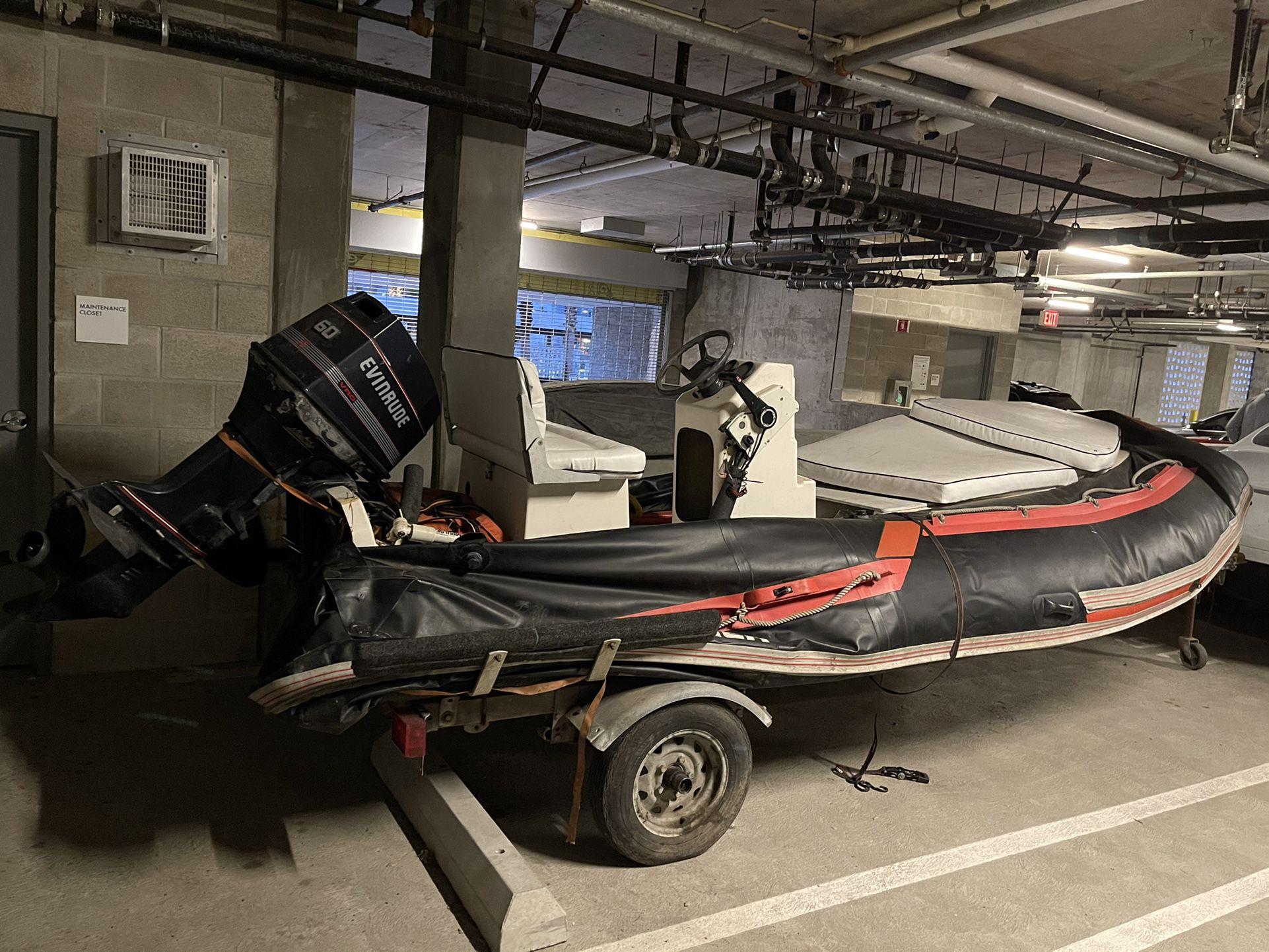 Photo Amazing Zodiac Boat For Sale