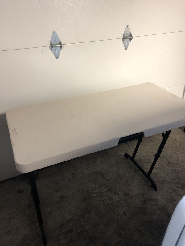 Folding table (Furniture) in Chicago, IL - OfferUp
