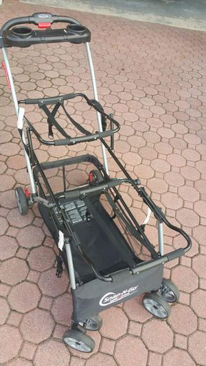 Car seat stroller: Baby Trend Universal Double Snap-N-Go Stroller Frame for Sale in North Bergen, NJ