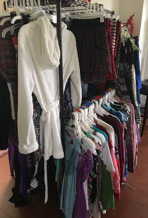 JUNIOR GIRLS CLOTHING SIZE 0-12 for Sale in Brambleton, VA
