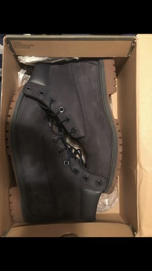 Timberland boots size 7 dark blue In like new condition for Sale in Washington, DC